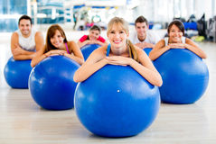 people-pilates-class-25837506